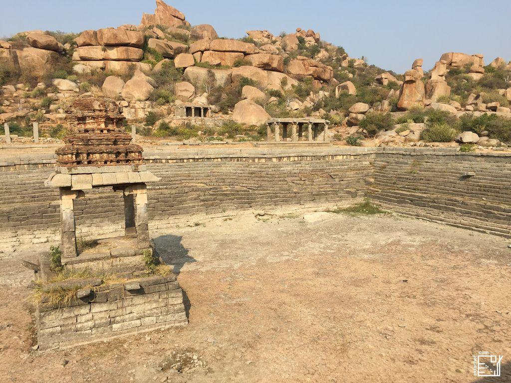 India - Hampi - Vitthala Temple - Sacred water tank