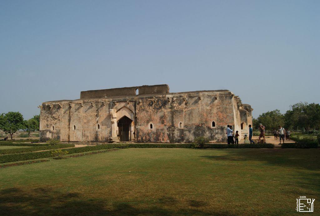 India - Hampi - Queen's Bath