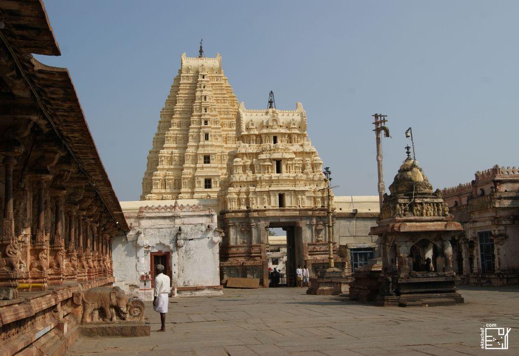 India Hampi Virupaksha Temple